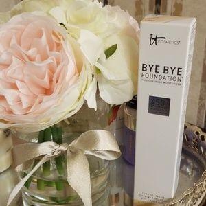 BYE BYE Foundation Light- IT Cosmetics